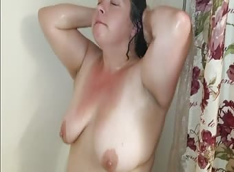 Sexy BBW Takes a Shower and gets Dirty With Facial