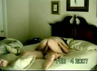 Hotel room afternoon sex captured on his cell