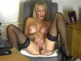 Hot mature dildo webcam show