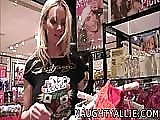 Cum shopping with me - a public masturbation