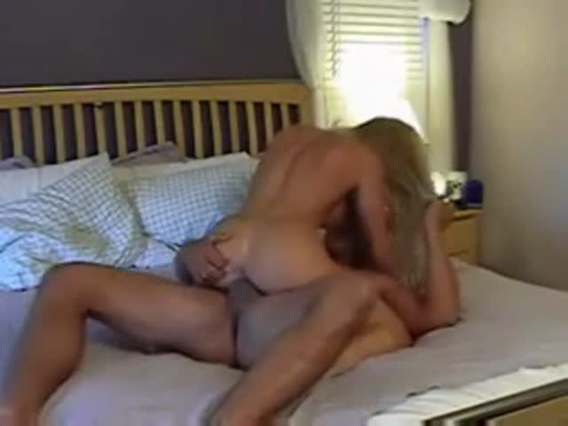 Milf Makes Him Creampie