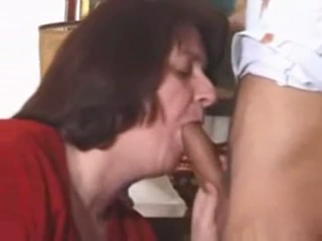 Lesbian seduced by mommy