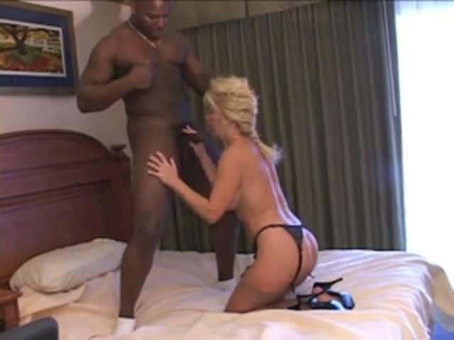 Mature anal whore