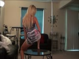 Teen loves to twerk and dance