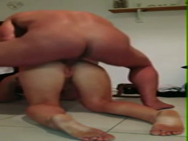 Wife gives stranger blow job video