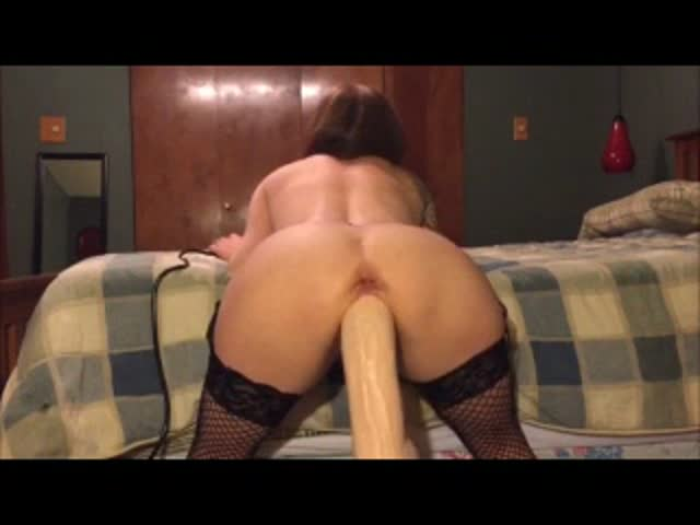 Mature Riding Huge Dildo