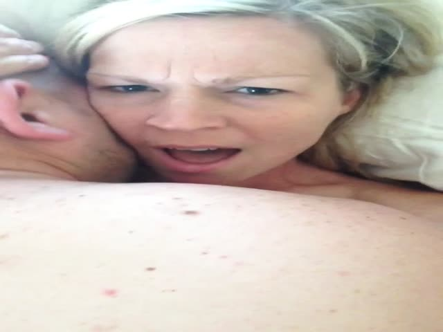 Tumblr mom cum selfie