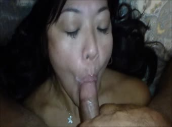 Kinky Asian milf rims and milks prostate for facial