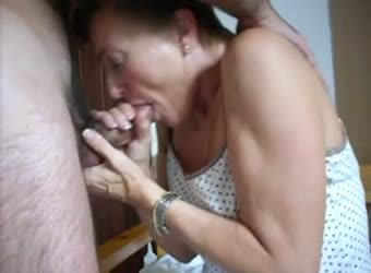 Older mature wife still loves to swallow