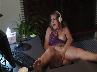 Getting off with a big dick stranger on cam