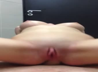 Superb body anal ride