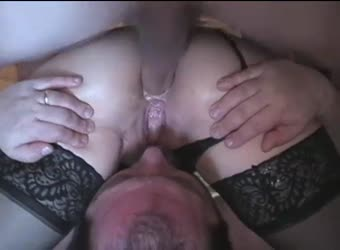 Bisexual creampie licking
