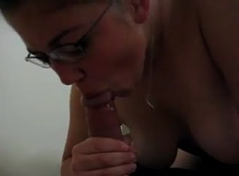 20yr old in glasses swallowing cum
