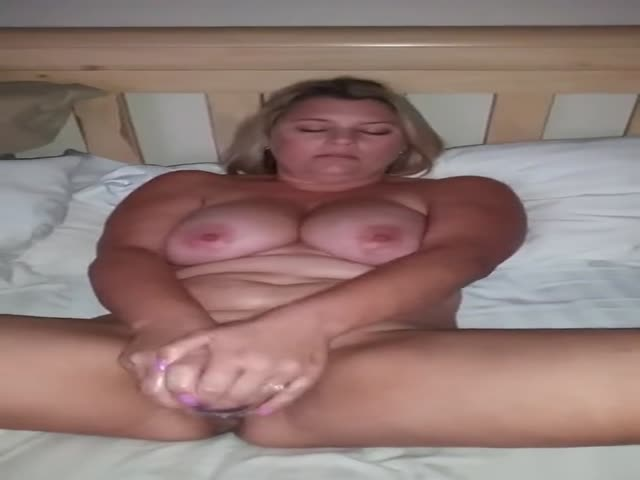 dildo Wife plays with