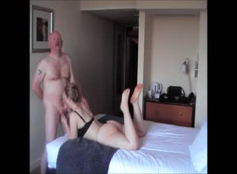 32yo British Ex-gf Hotel Meet - First Fuck of the Night