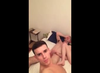 Amateur college hunks blow dick