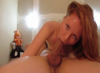 Sexy redhead great oral sex
