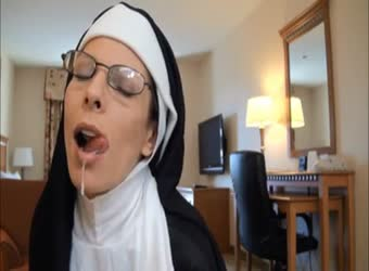 Nun roleplay and halloween cum swallow