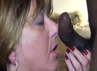 Sexy experienced mature lady takes good care of black dick