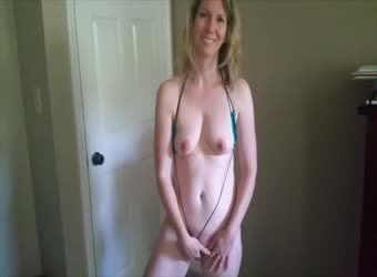 Businesswoman fucking and bating