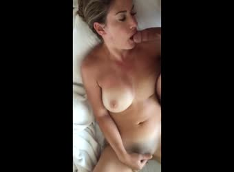 Waking up and masturbating cumming at the same time