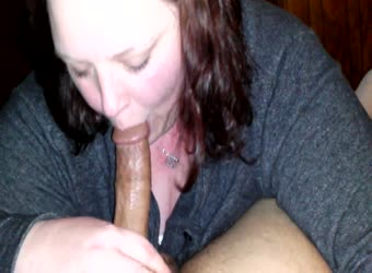 Mature bbw gives crazy good blowjob
