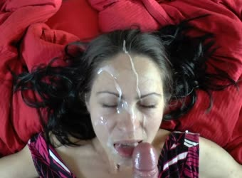 Milf gets huge facial cumshot