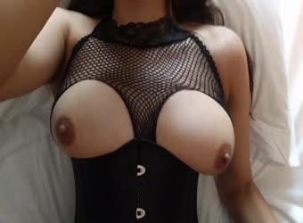 Fucking Lina in hotel with her hot new outfit