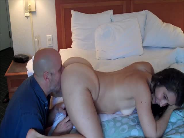 Amateur Cuckold Sloppy Seconds