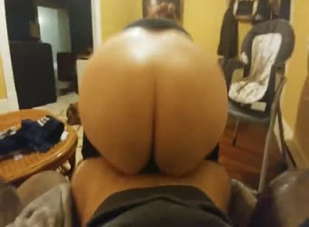Bouncing big ass gets covered in cum
