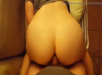 Wife winpering and moaning during anal