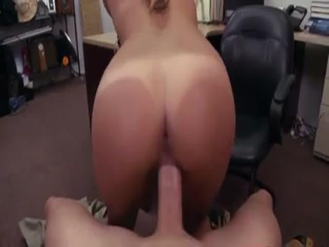 Girl Gets Massage Fucked