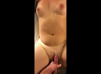 Big cumshot on her belly
