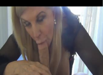 Wealthy mature getting fucked in her penthouse