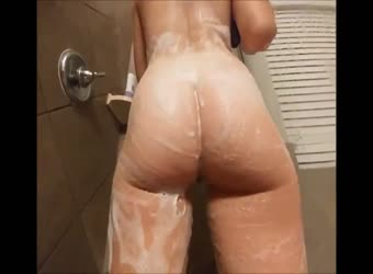 Sex after shower