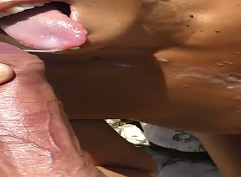 public facial cumshot on the beach