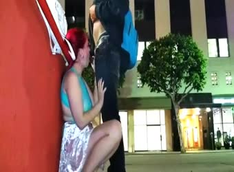 Outdoor public fucking and squirting