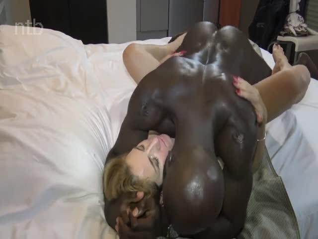 Black Girls Fucking Dildos
