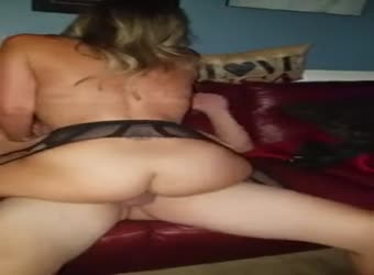 Big Booty Wife Lets Husband Watch Her