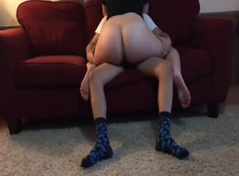 Big booty girlfriend gets creampie