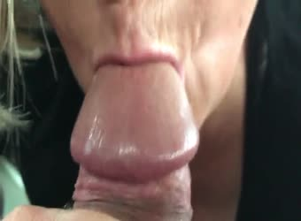 Close up cumming in her mouth