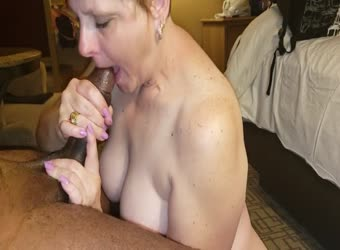 Mature white lady swallows a hot BBC load