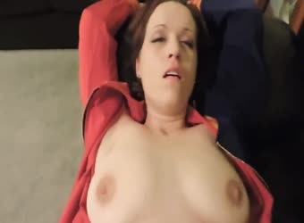 Natural tits brunette getting wet from missionary fuck