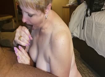 Mature making younger BBC nut hard in her mouth