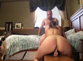 Sexaholic wife wants cum in her pussy