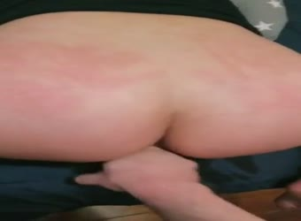 Making my fuck slut squirt