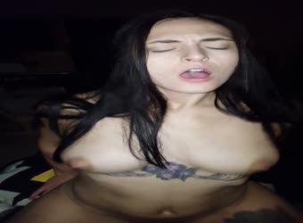 Hot slut riding