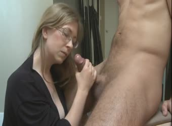 Mommy blowjob lesson