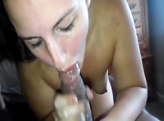 Teen takes a BBC oral creampie