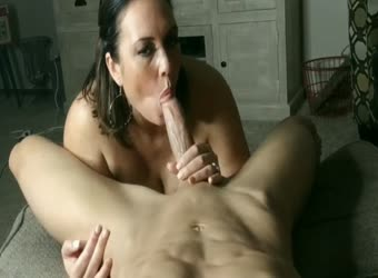 Awesome chubby milf blowjob and cumshot